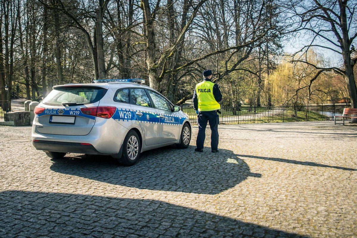 Pierwszy kontakt z policją po egzaminie – poradnik