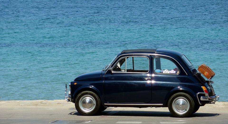 Czy na początku przygody z samochodem trzeba jeździć małym autem?