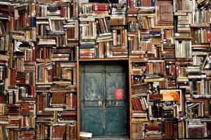 Skuteczne sposoby nauki na egzamin teoretyczny – co warto stosować?