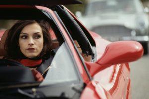 W 2020 roku kobiety odebrały więcej dokumentów prawa jazdy