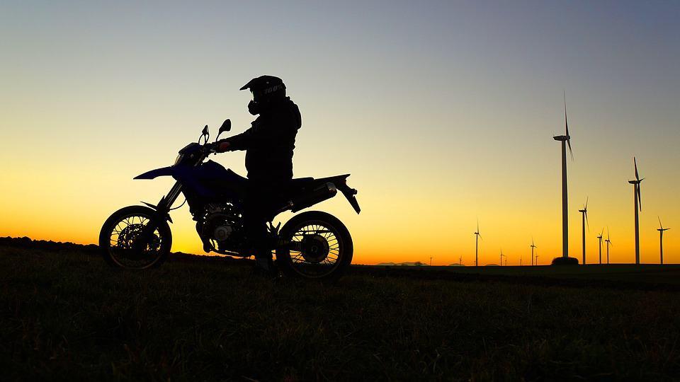 Motocykl jako pierwszy pojazd zarejestrowany na siebie? Zobacz zalety rozwiązania