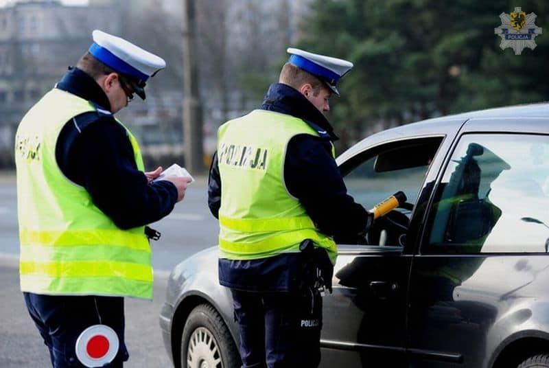 W ubiegłym roku niemal 6 tysięcy kierowców straciło prawo jazdy za punkty