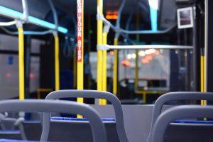Teoretyczny egzamin na kierowcę autobusu – czego się spodziewać?