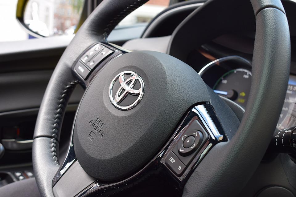 Top 10 miejskich samochodów dla młodych kierowców