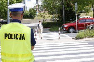 """Funkcjonariusze realizują akcję pt. """"Niechronieni uczestnicy ruchu drogowego""""!"""