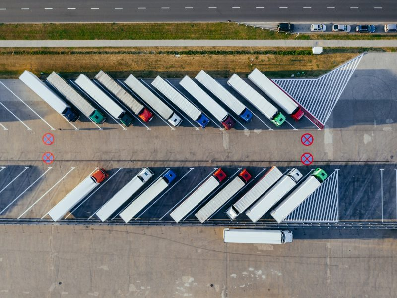 Zawody potrzebne w branży transportowej